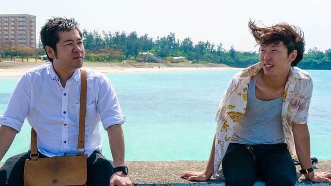 パイナガマビーチをバックに
